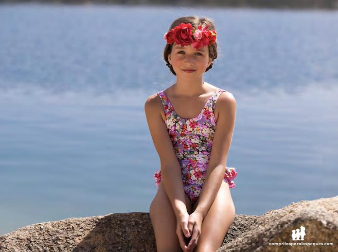 bañadores niña flores verano 2016 blog moda infantil
